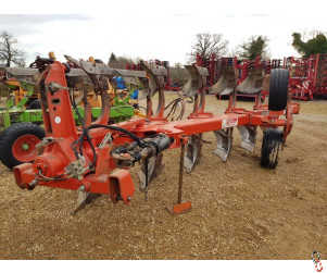 GREGOIRE BESSON RB7 Plough, 6 furrow (5+1) Mounted