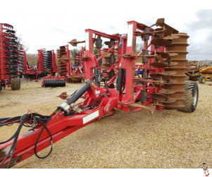 SUMO TRIO 4.5 metre Trailed Tine Disc Press One-Pass Cultivator