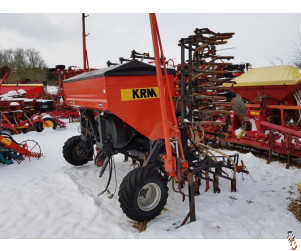 KRM 6 metre Mounted Airseeder with Tine Point coulters
