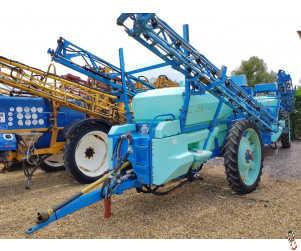 BERTHOUD RACER 32 Trailed Sprayer, 3200 litre, 24 metre