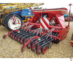 HORSCH Pronto Express 3TD 3m mounted cultivator Double Disc drill, year 2011, 955 hectares from New