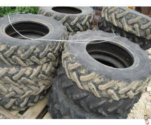 USED Vaderstad Original Cleated Tyres