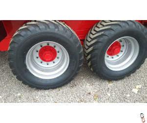 NEW 550/45X22.5 20PLY BKT FL648T Trailer 10 Stud Wheel & Tyre Assembly