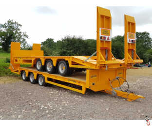BARFORD L27 TriAxle Lowloader Trailer, 27ft Long, 22 tonne Carry, Beavertail, New, Only 1 Left !