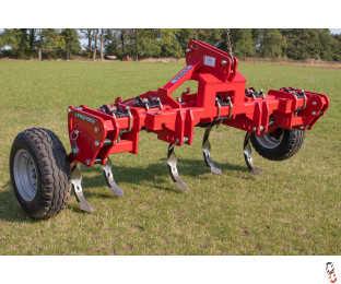 PROFORGE STOKA PRO 5 Leg 3 metre Auto-Reset Tine Bar, Ex-Demo, Rear 3 Point Linkage & Depth Wheels