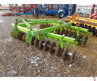 DOWDESWELL 55 Series 3.1 metre Mounted Offset Disc Harrows