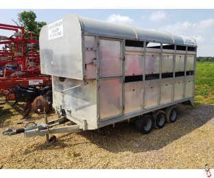 GRAHAM EDWARDS 12ft Livestock Trailer, Tri-Axle, Sheep Decks