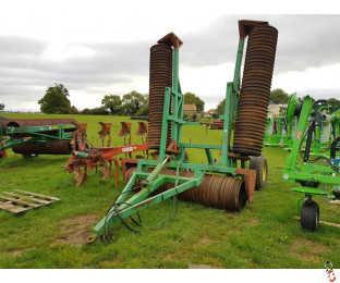 "7.3 metre Vertical Folding Rolls, 24"" Rings"