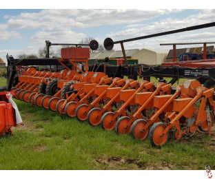 STANHAY RALLYE 592 Sugar Beet Drill, 18 row, Hyd End Tow Kit