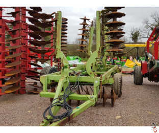 DOWDESWELL 77 Series 4.5 metre Hyd Folding Offset Disc Harrows