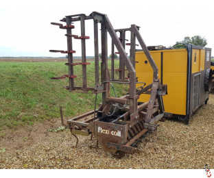 FLEXICOIL NRH 1.6 metre Front Press with Hyd Folding 4 metre Leading Springtine Tines