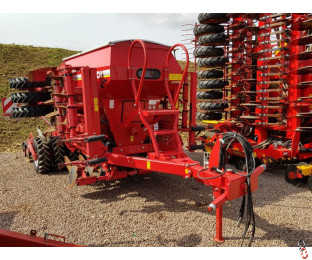 HORSCH PRONTO DC 4 metre trailed seed drill, 2013