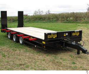 HERBST Lowloader 26ft Tri-Axle Heavy Duty Plant Trailer, 26ft, 33 tonne gross, 26.5 tonne carry, New