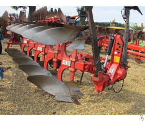 GREGOIRE BESSON RB47, 4 + 1, 5 furrow plough