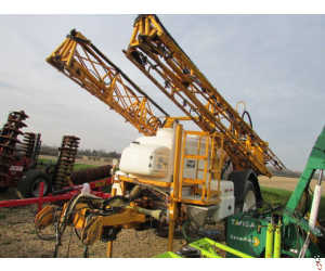 KNIGHT EU Trailed 24 metre Sprayer, 3000 litre, Delta Controls,