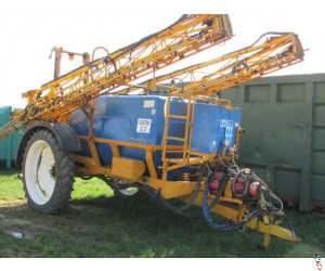 KNIGHT 24 metre Trailed Sprayer, 3000 litre, Hyd drawbar, Variable Rate