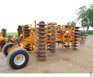 SIMBA GREAT PLAINS SL400 DTD Disc Tine Disc Harrow Press, 2010, 4 metre