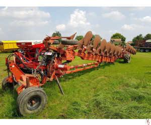 GREGOIRE BESSON SPEL 12 furrow Wagon Plough, On Land - In Furrow