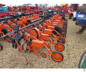 STANHAY 590 12 row sugar beet drill, hyd folding