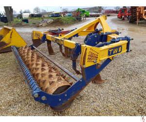 TWB 3.5 metre Subsoiler, 5 leg, Working tines, Packer Roller