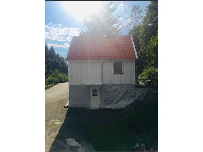 Lägenhet på GAMLA HULTÅSVÄGEN 2 i Bollebygd
