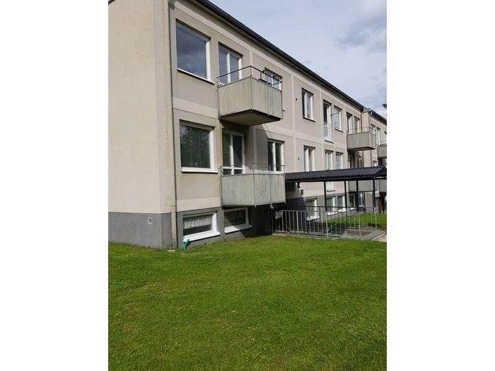 Lägenhet på Centrumvägen i Berg