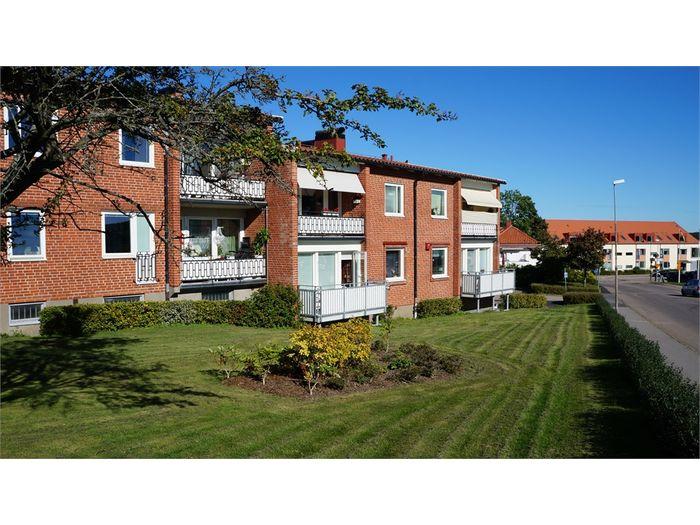 Lägenhet på Bivägen 9A i Båstad
