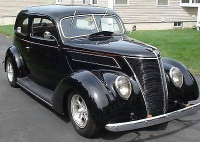 1937 Ford 350 4spd Muncie Old School Hot Rod