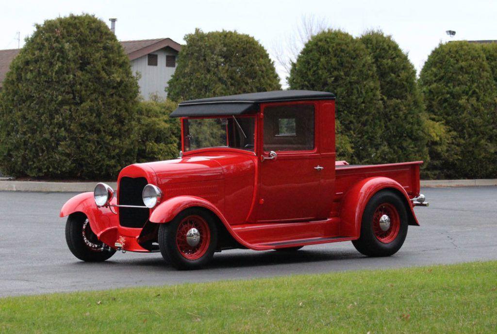 classy 1928 Ford Model A hot rod