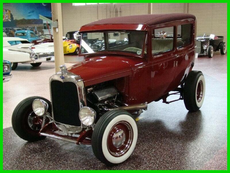 HIGHBOY 1930 Ford Model A hot rod