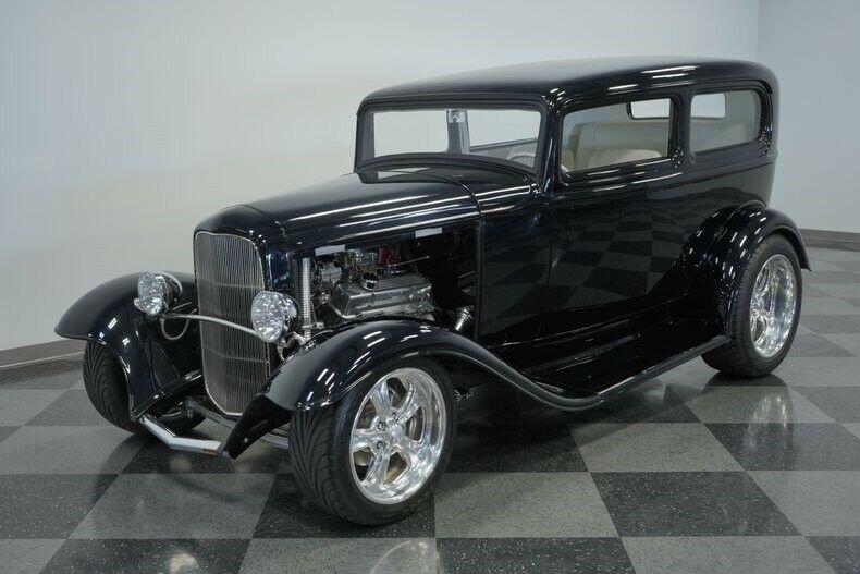 powerful 1932 Ford Tudor Sedan hot rod