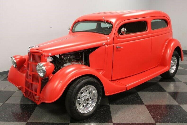 sharp 1936 Ford Streetrod hot rod