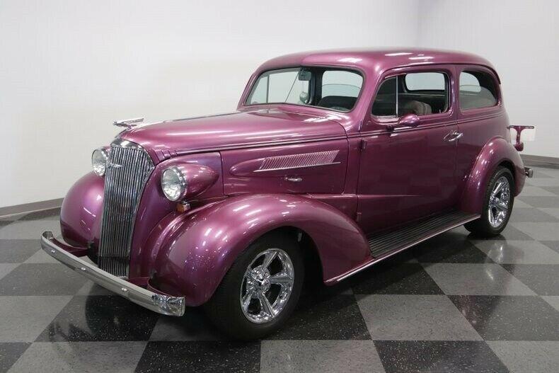 small block 1937 Chevrolet Deluxe hot rod
