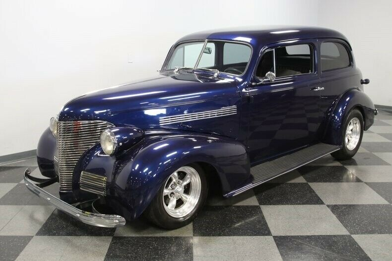 very cool 1939 Chevrolet Coupe hot rod