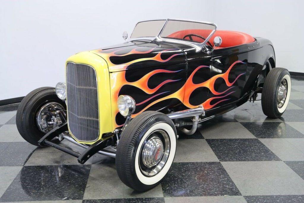 1932 Ford Roadster hot rod [true old school]