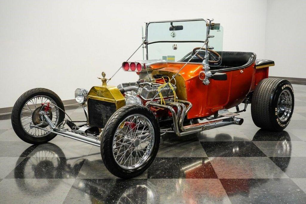 1924 Ford T Bucket hot rod [right old school attitude]