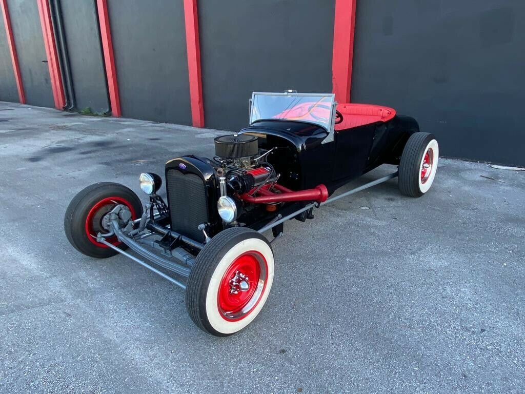 1929 Ford Roadster hot rod [ready for show]