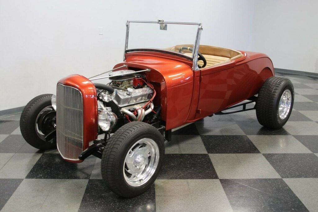 1929 Ford Roadster hot rod [clean, powerful, and nicely finished]