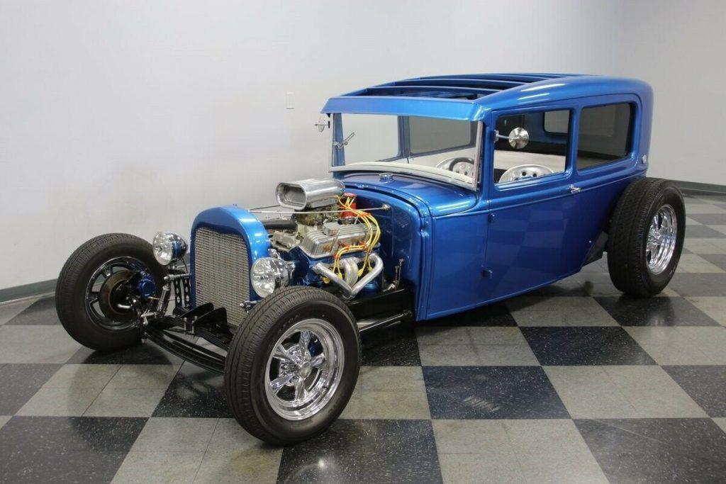 1930 Ford Tudor Streetrod hot rod [lowered]