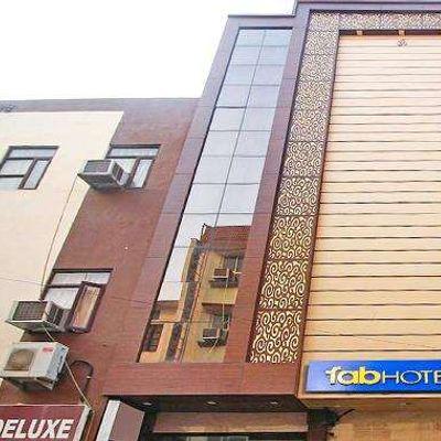 FabHotel Arihant Inn
