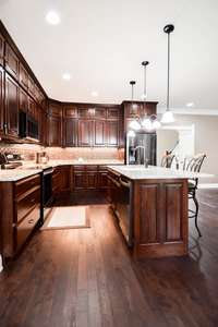 Large central eat-up island, granite counters