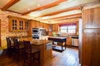 Gracious kitchen