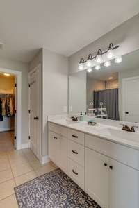 Duel Sinks, Tile shower and separate bath