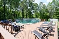 Nice above ground pool