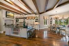 Chef Kitchen with all excellent work space to fit all your family's needs