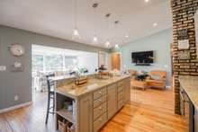 Spacious Island for entertaining or family time