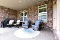 Plenty of outdoor space to lounge as the HOA covers your lawn care maintenance!
