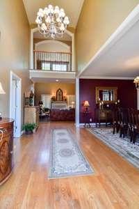 Prestigious  foyer