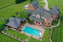 Sprawling Estate with entertaining areas and privacy