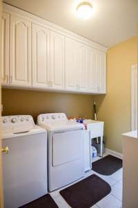 Large utility room, door to side
